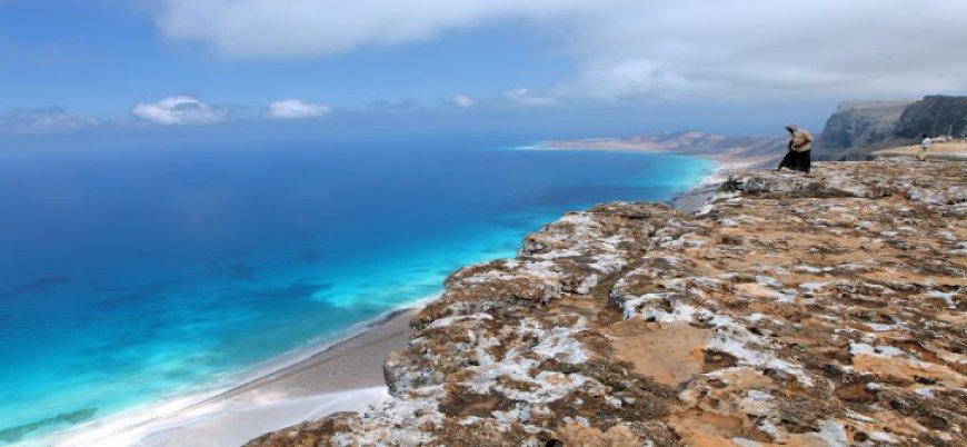 Yemen: BAE İsrailli turistleri Sokotra Adası'na taşıyor