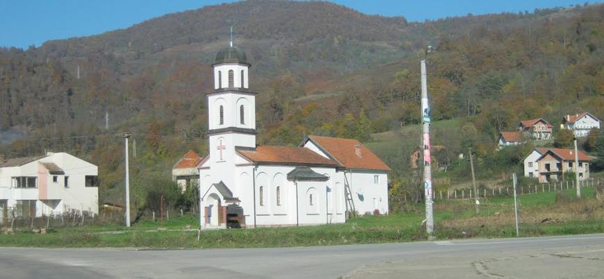 Bosna'da izinsiz inşa edilen Sırp kilisesi yıkılıyor