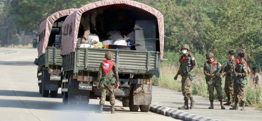 Myanmar'da ordu güçleri köylülere saldırdı: 20 ölü