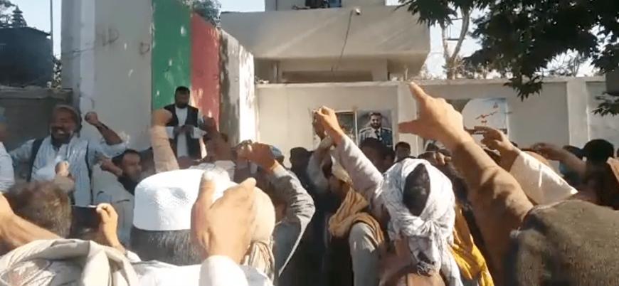 Kabil hükümeti destekli milisler Afganistan'da etnik katliamlara başladı