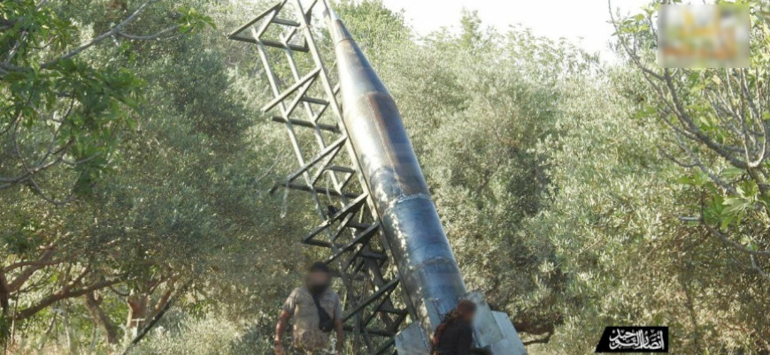 Suriyeli muhalifler rejim mevzilerini 'Zilzal' füzeleriyle vurdu