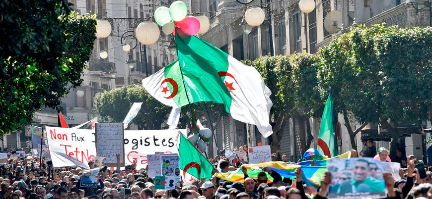 Cezayir'de seçime katılım rekor düşüklükte