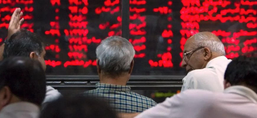 İran ekonomisindeki daralma devam ediyor