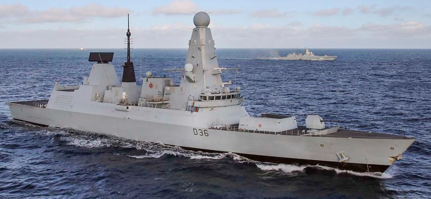 Karadeniz: Rusya İngiliz savaş gemisine ateş açtı