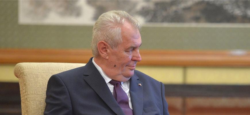 Çekya Cumhurbaşkanı: Cinsiyet değiştirenler iğrenç