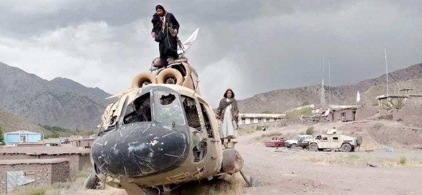 Taliban İran sınırını ele geçirdi