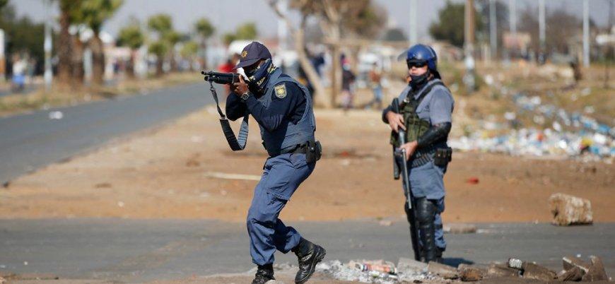 Güney Afrika'daki halk isyanında ölü sayısı yükseliyor