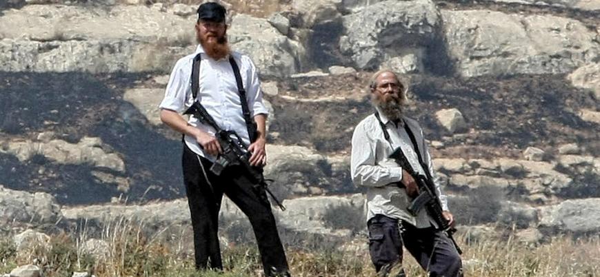 """""""Filistin'deki Yahudi yerleşimciler askerlerden daha ağır silahlı"""""""