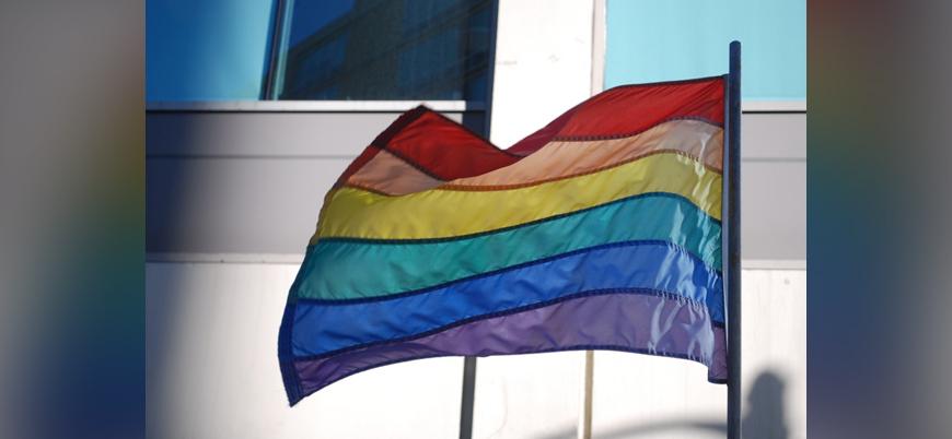 Macaristan ve Polonya'nın LGBT yasaklarına AB'den yasal süreç