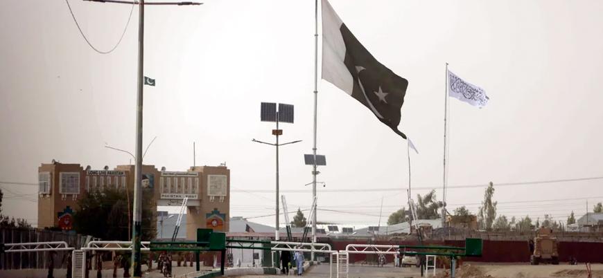 Taliban'ın ele geçirdiği Spin Boldak sınır kapısı ticari geçişe açıldı