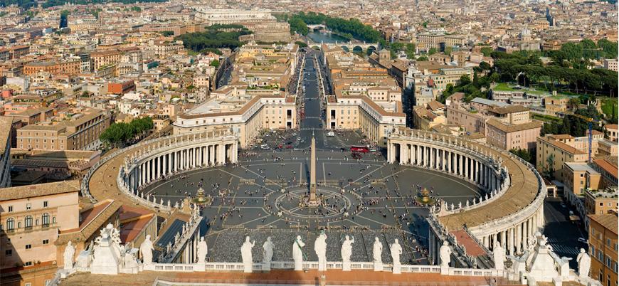 Vatikan'da tarihi yolsuzluk davası başlıyor