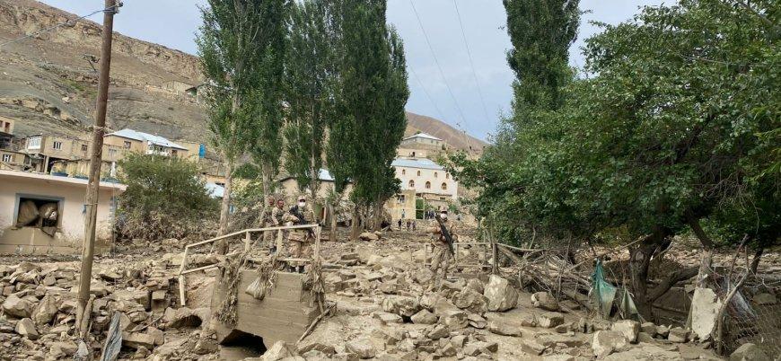 Van'daki sellerde 6 ev yıkıldı 30 evde hasar oluştu