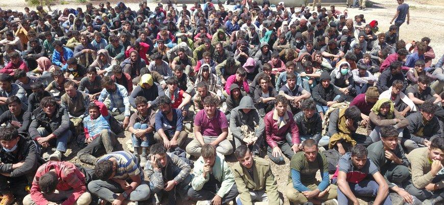 Van'da durdurulan tırdan 300 göçmen çıktı