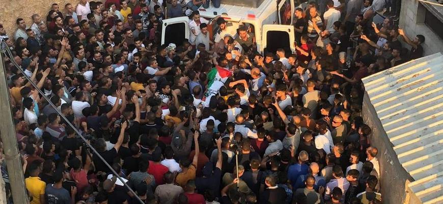 İsrail Batı Şeria'da bir Filistinliyi öldürdü, 37'sini yaraladı