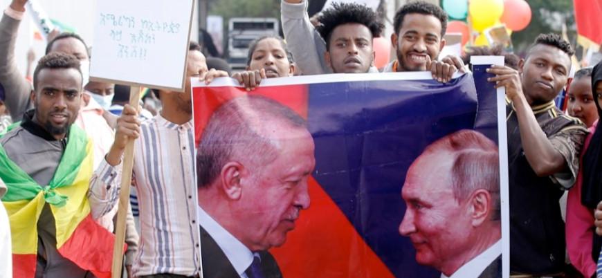 Etiyopya'da 'teşekkürler Erdoğan, teşekkürler Putin' mitingi