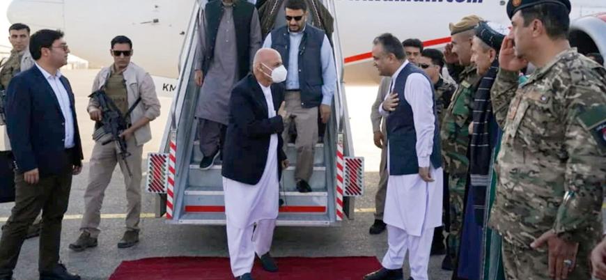 Eşref Gani ve Raşid Dostum Taliban'ın ilerlediği Mezar-ı Şerif'te