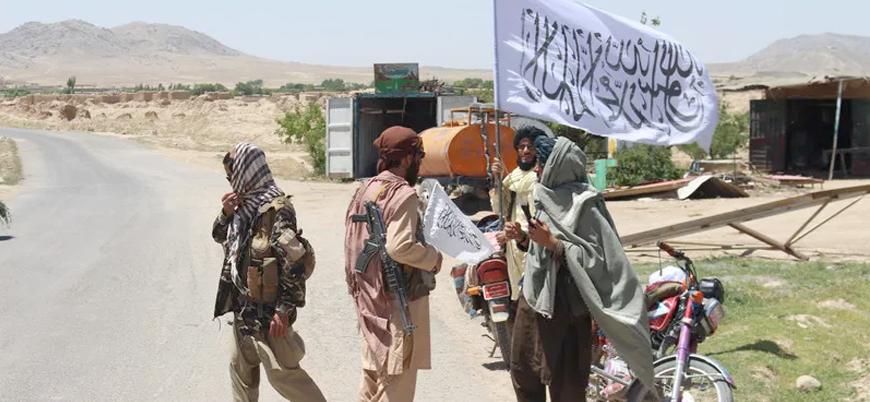 Taliban bir haftada 10'uncu vilayet merkezini ele geçirdi