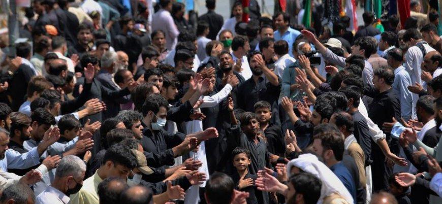 Pakistan'da Kerbela törenine bombalı saldırı
