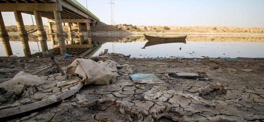 Suriye: Suları çekilen Fırat Nehri kuruyor