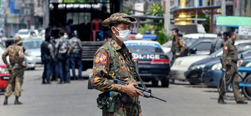 Myanmar'da iç savaşa doğru: Gölge hükümet darbecilere savaş ilan etti