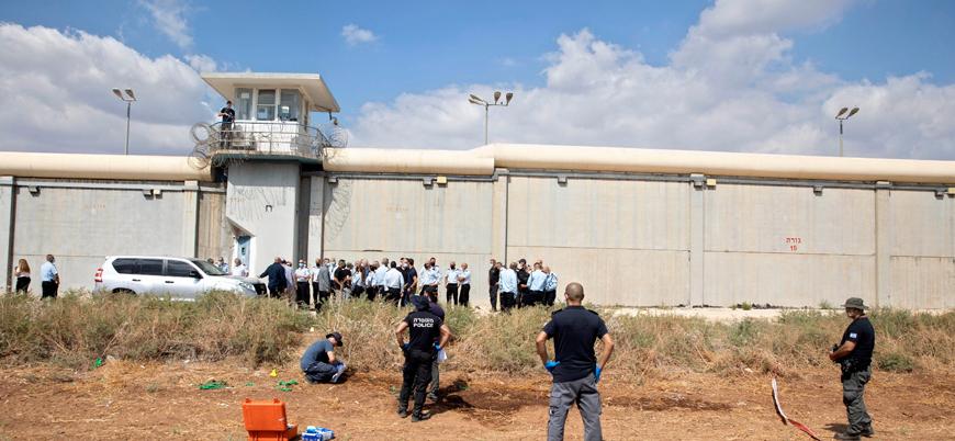 İsrail hapishaneden kaçan Filistinli mahkumların ailelerini hedef alıyor