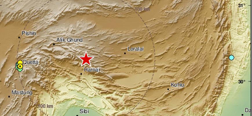 Pakistan'da 5.9 büyüklüğünde deprem: 20 ölü