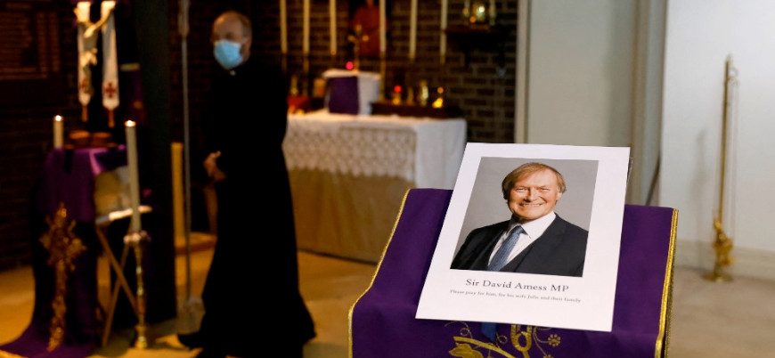 Sir David Amess cinayeti: İngiliz polisinin 'İslami terörizm' ifadesi tepki çekti