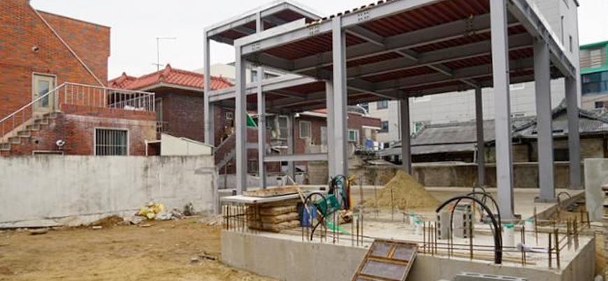 Güney Kore'de İslam karşıtları cami inşaatına engel oluyor