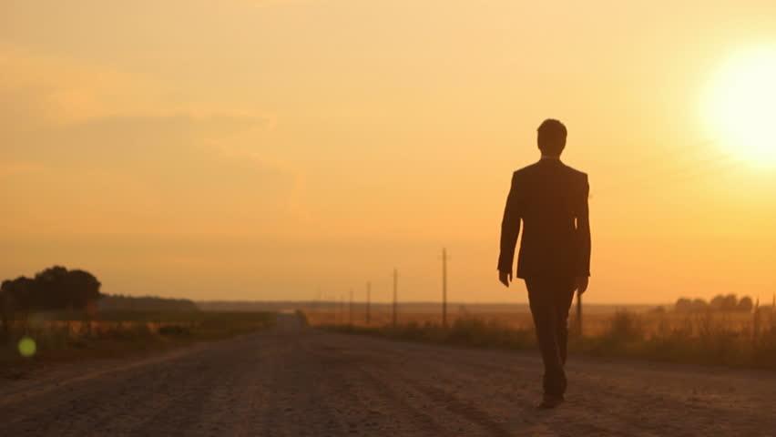 Haftada üç kez bir saat yürümek hafıza kaybına iyi geliyor