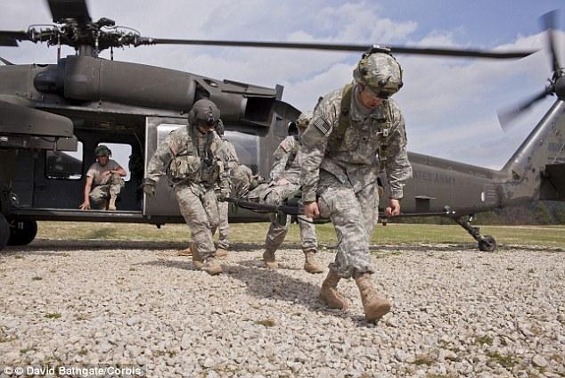 İçeriden saldırılar artıyor: Afgan askerden ABD askerlerine silahlı saldırı
