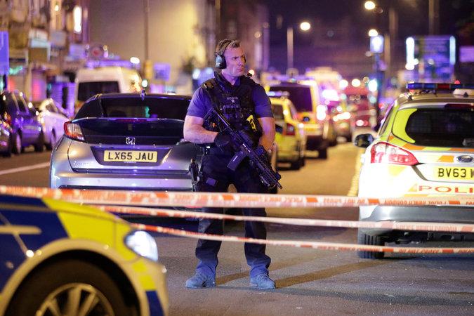 Londra'da teravih çıkışı müslümanlara saldırı