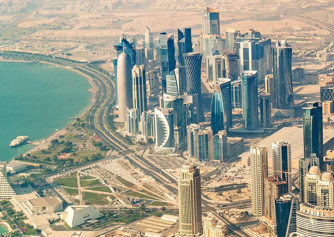 Katar vatandaşlarına ülkeleri terk etmeleri için verilen süre doldu