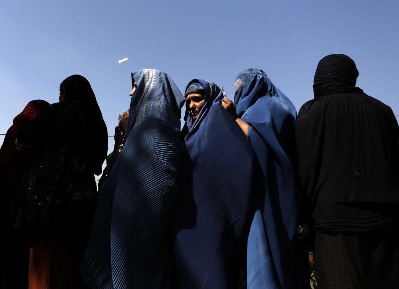 Kazakistan başörtüsü ve burkayı yasaklıyor: Yeni yasanın hedefi 'Radikal İslam'