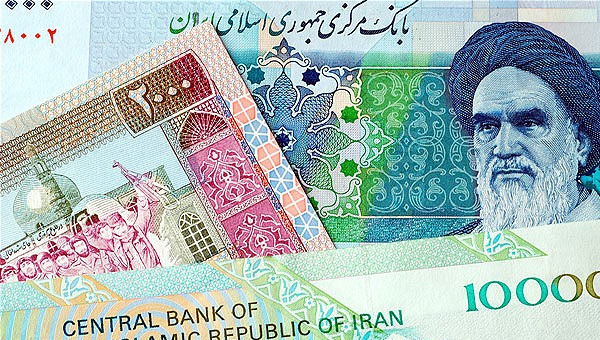 İran'da finans sektörü çökmüş durumda: Devrim Muhafızları'na ait bankalar faiz krizine yol açıyor