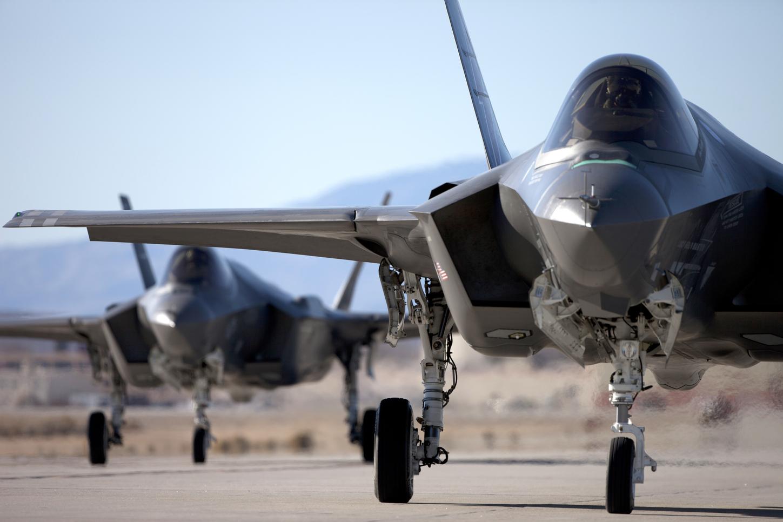 Küresel savaş tehdidi: Avustralya, Suriye operasyonlarını durdurdu