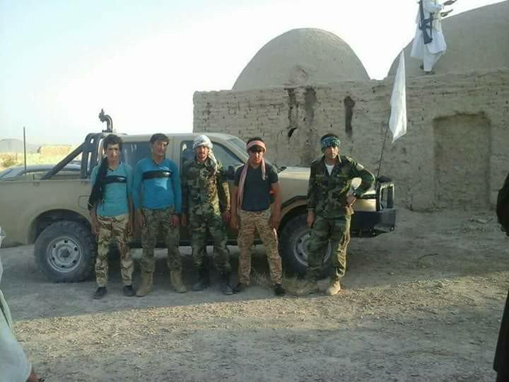 Komutanlarını öldürüp Taliban'a katıldılar