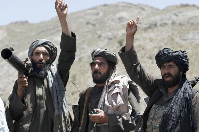 Taliban Afganistan'ın güneyinde yeni bir saldırı başlattı