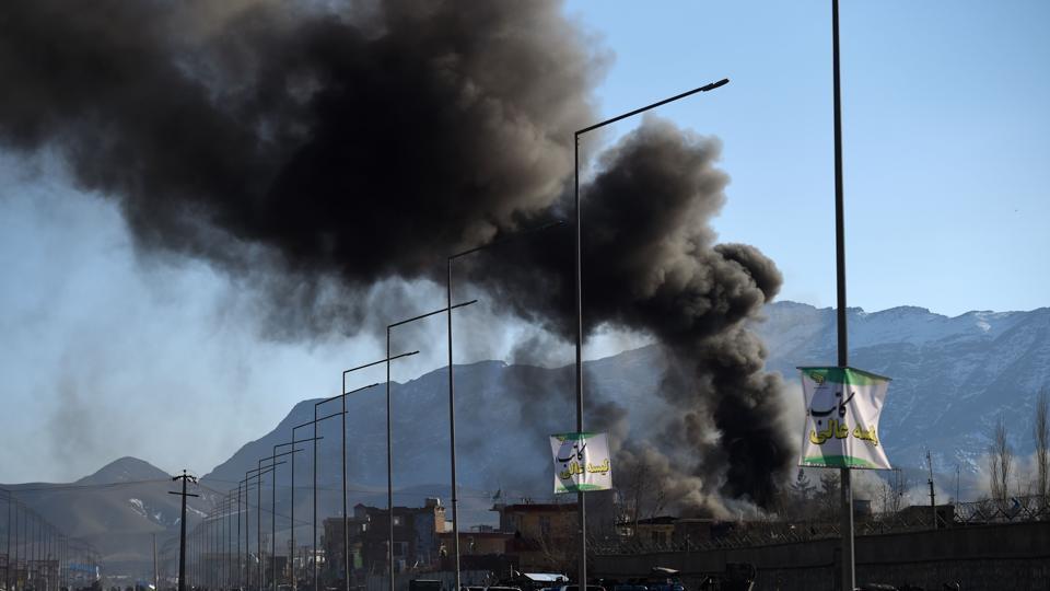 Taliban liderinin oğlundan bombalı araç saldırısı