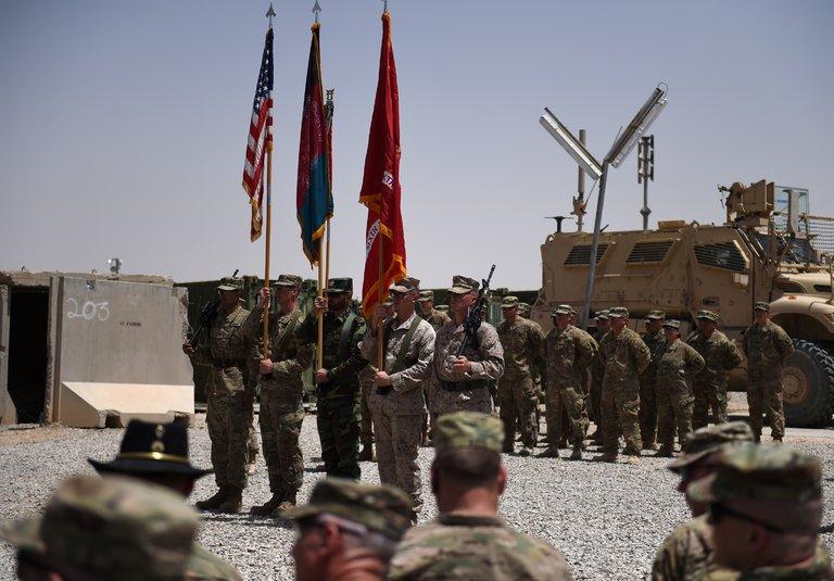 ABD, Afganistan'dan çıkış yolları arıyor: 'Barış savaştan daha zor'