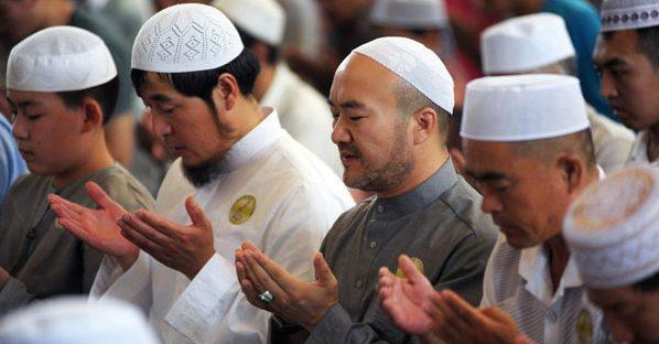 Çin'den Müslümanlara uyarı: Peçe takmayın, spor yapmayın, sigara ve alkol tüketin