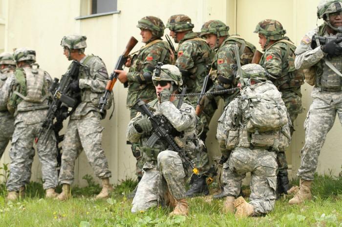 Makedonya ile ABD'den ortak askeri tatbikat