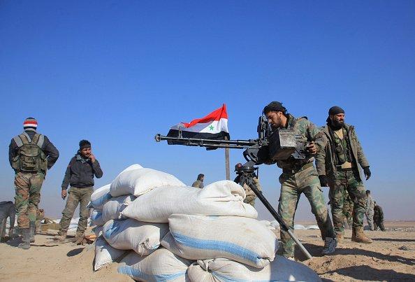 Suriye rejimi stratejik kasabayı IŞİD'den ele geçirdi