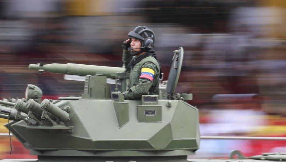 'Venezuela'da askeri isyan kısa sürede bastırıldı'