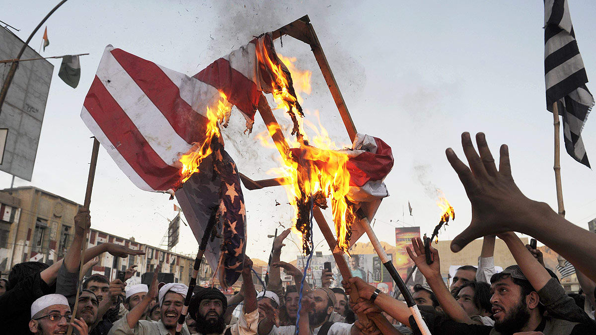 Arap Devrimleri: Dahili sömürgeciler gitti, harici sömürgeciler geldi