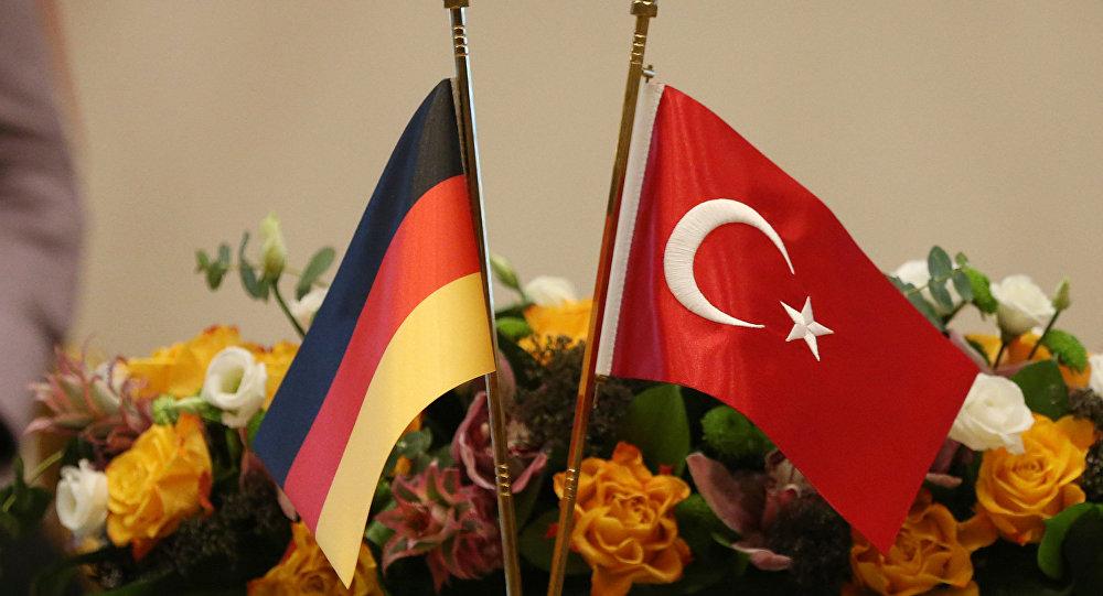 Türkiye-Almanya arasında 5.6 milyon Euro'luk silah anlaşması