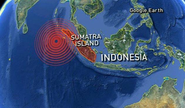 Endonezya açıklarında büyük deprem: Tsunami tehlikesi yok