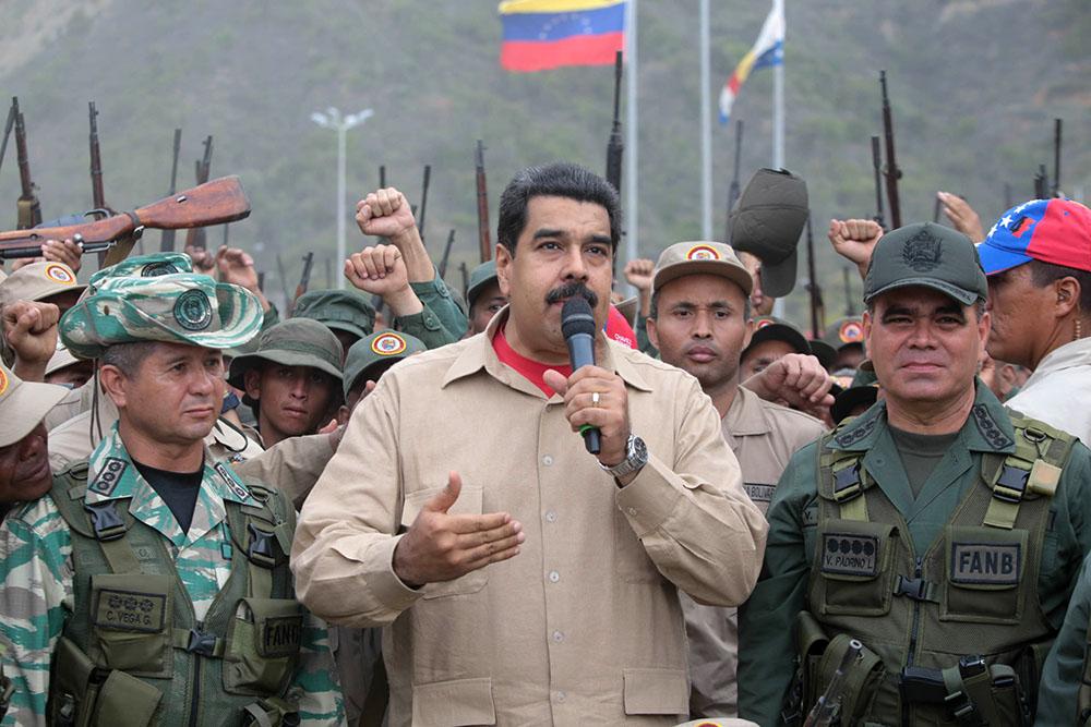 Trump'ın tehdidi harekete geçirdi: Venezuela askeri tatbikata başlıyor