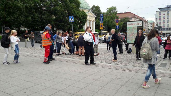 Finlandiya'da bıçaklı saldırı: 2 ölü
