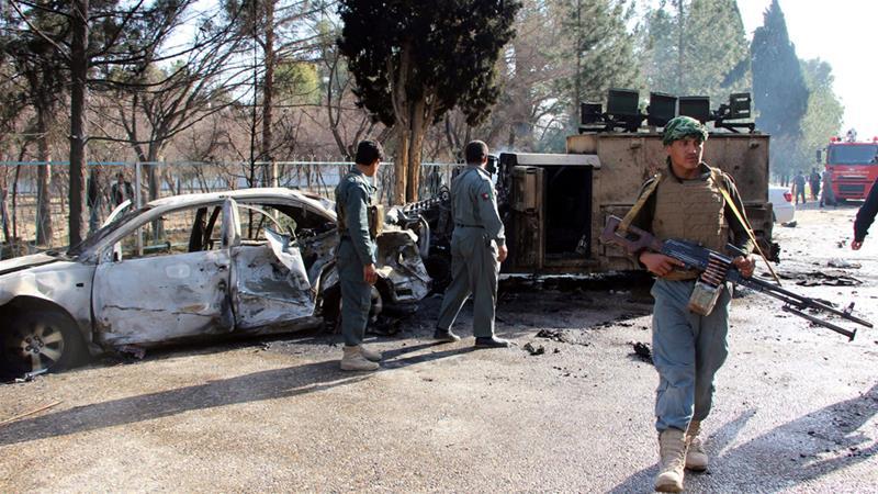Taliban Hilmend'de saldırdı: en az 15 ölü