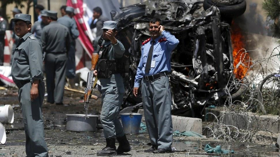 Taliban'dan Hilmend'de bombalı saldırı: 39 ölü